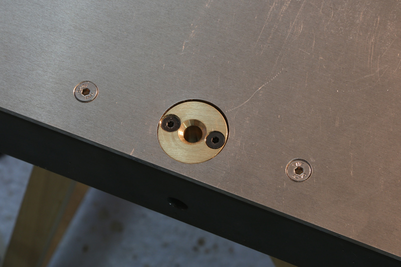 [Fabrication] Guide de coupe angulaire pour scie à format. - Page 2 31_jan14