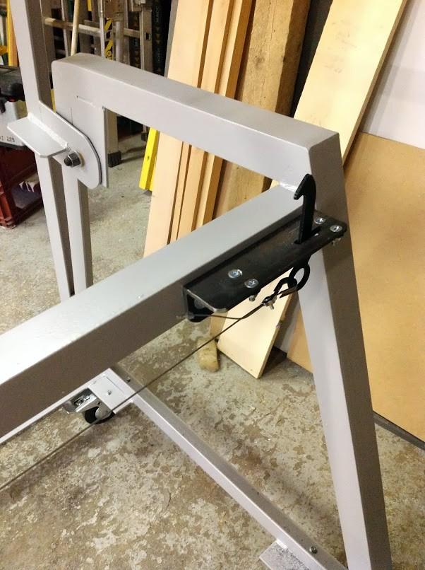 Table d'atelier basculante.  Photo210