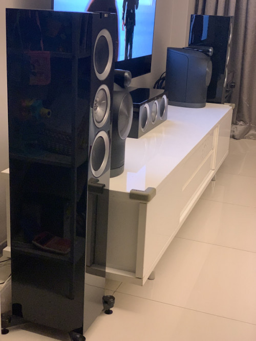 KEF R500 Floorstand Speakers 7whmdg10