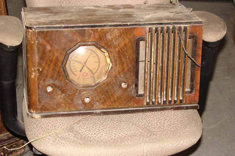 My new ''old ''radios Majest10