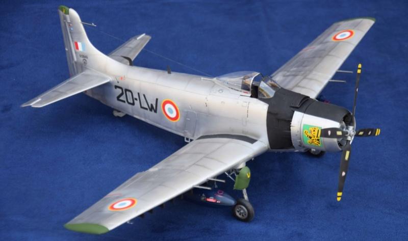 Douglas AD4 Skyraider Trompette 1/32 110