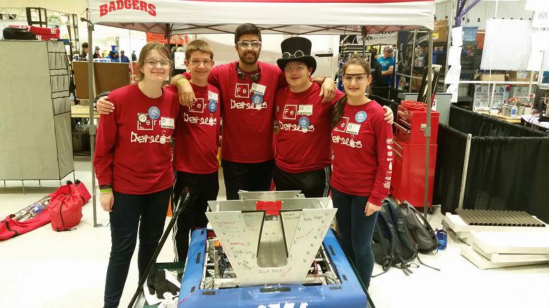 Whitewater High School Robotics Club 110