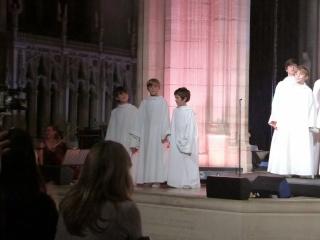 """""""Christmas Concert"""" à St. George, Londres, jeudi 28 novembre 2013 - Page 3 P1010911"""