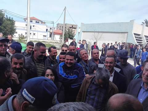 La  conférence de Younes Adli  empêchée par la police à Aokas le samedi 04 mars 2017 1430