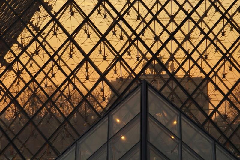 Pyramide du Louvres. Dsc01710