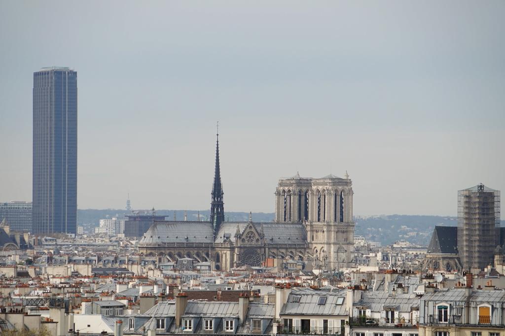 Paris...sous un ciel...gris Dsc01818