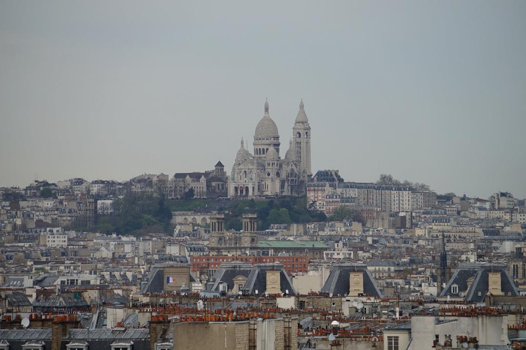 Paris...sous un ciel...gris Dsc01820