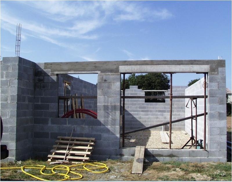 AUTO-CONSTRUCTION :  LA MAISON D'EN FACE - Page 4 Const149