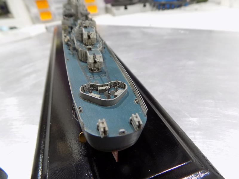 USS WILLIAM D PORTER DD-579 TAMIYA 1/350 - Page 6 Dscn0371