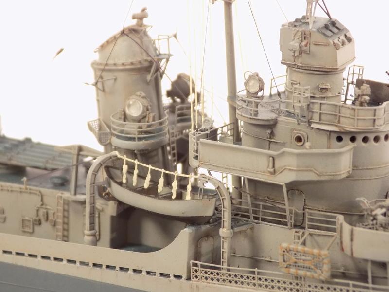 WILLIAM D. PORTER DD579 Fletcher Class Destroyer - Tamiya 1/350 Dscn0381