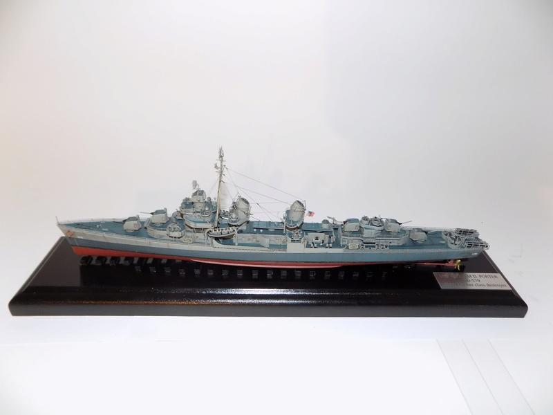 WILLIAM D. PORTER DD579 Fletcher Class Destroyer - Tamiya 1/350 Dscn0410