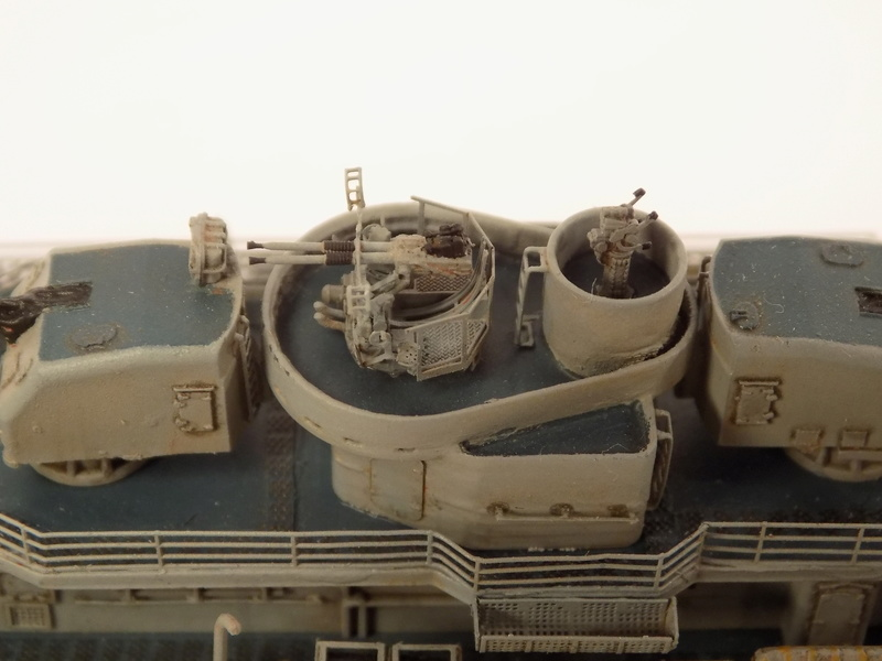 WILLIAM D. PORTER DD579 Fletcher Class Destroyer - Tamiya 1/350 Dscn0430