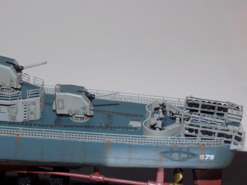 WILLIAM D. PORTER DD579 Fletcher Class Destroyer - Tamiya 1/350 Dscn0436
