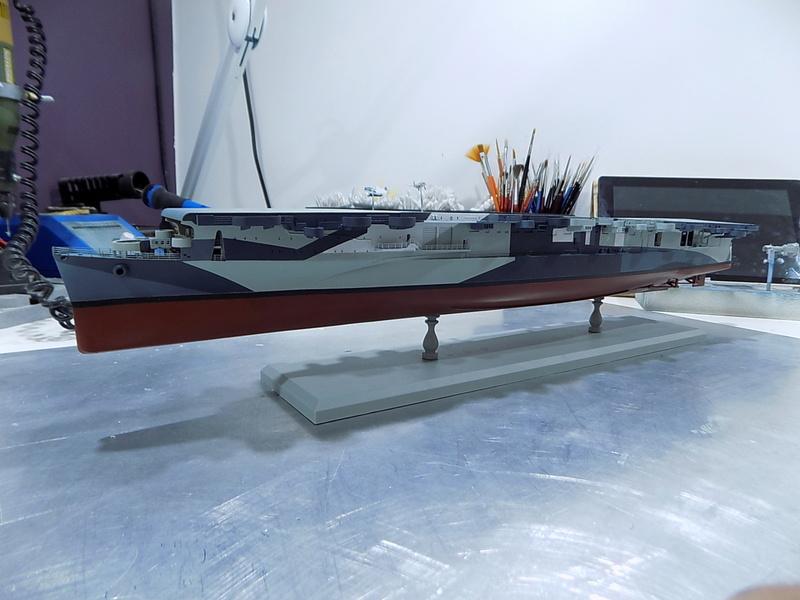 USS INDEPENDENCE CVL22 DRAGON 1/350 - Page 3 Dscn0447