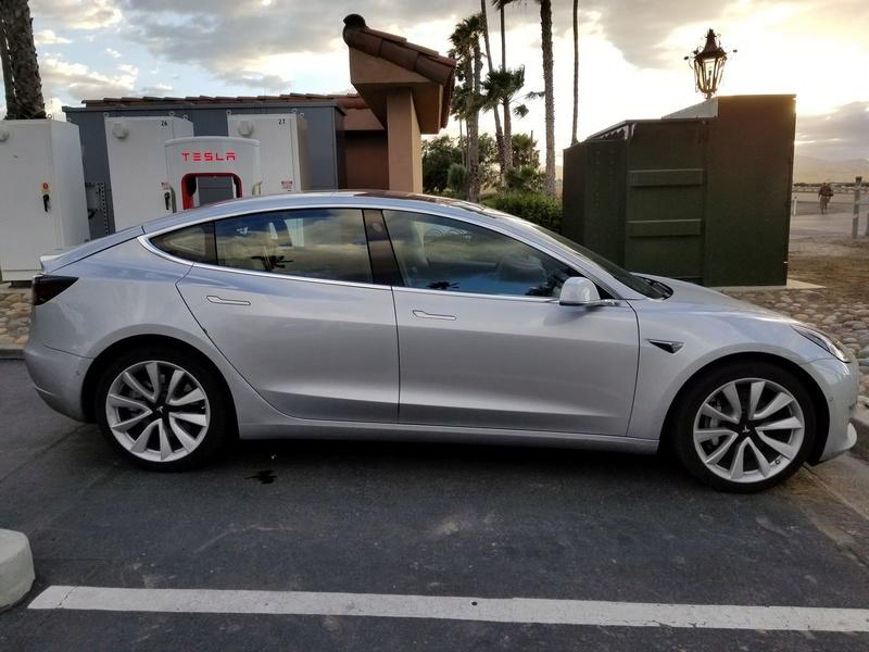 2016 - [Tesla] Model III - Page 7 Tesla-10