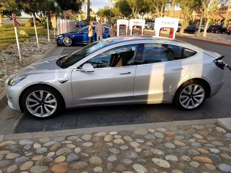 2016 - [Tesla] Model III - Page 7 Tesla-11