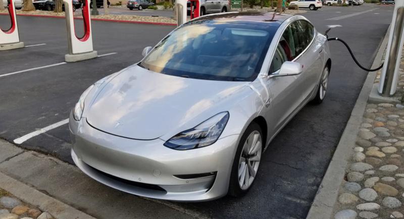 2016 - [Tesla] Model III - Page 7 Tesla-19
