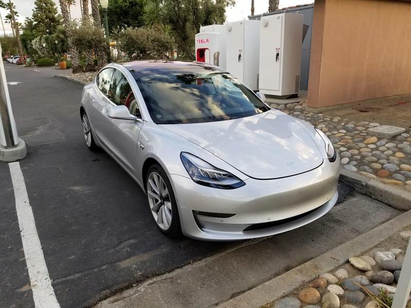 2016 - [Tesla] Model III - Page 7 Tesla-24