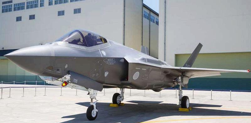 JSF F-35 Lightning II - Page 36 014