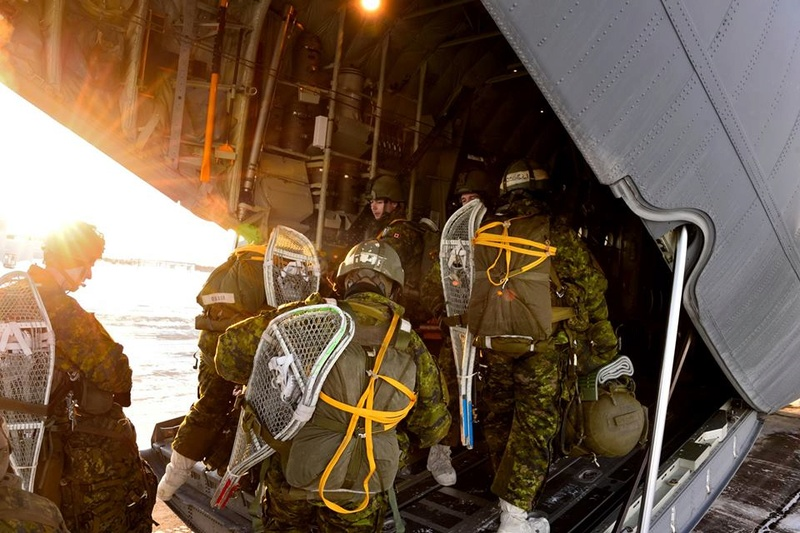 Armée canadienne/Canadian Armed Forces - Page 26 1628