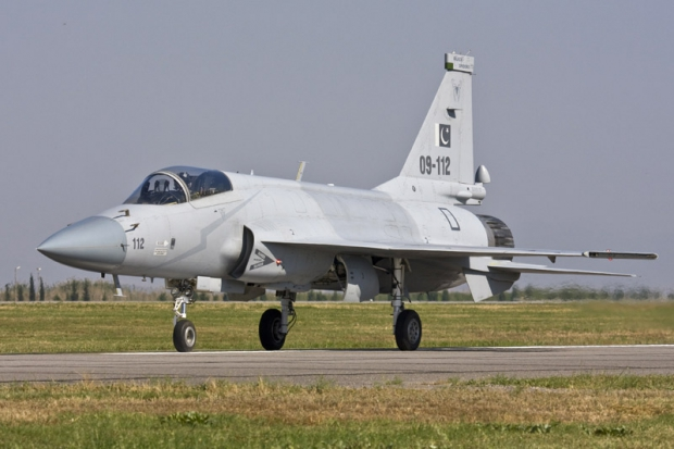 Joint Fighter-17 (JF-17) Thunder - Page 5 1921