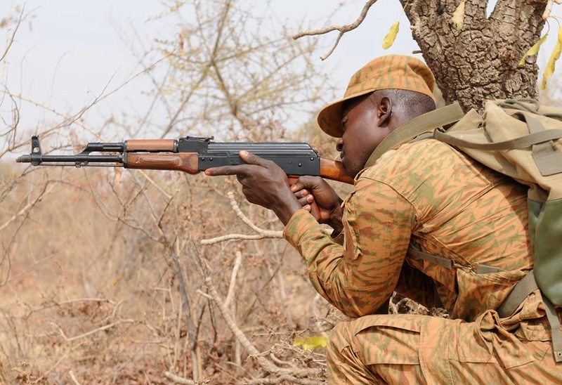 Armée nationale Burkinabé / Military of Burkina Faso - Page 4 3236