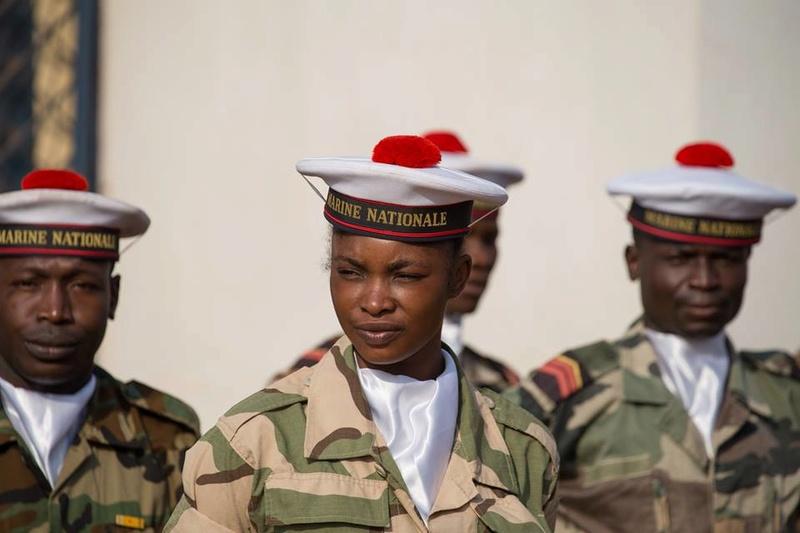 Armées de la République centrafricaine  - Page 3 3240