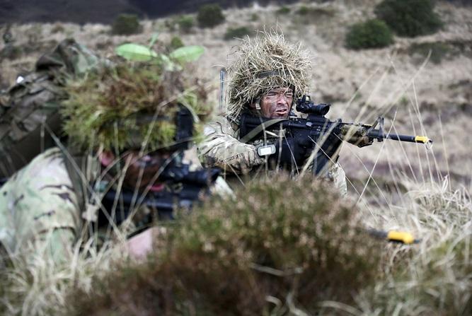 Armée Britannique/British Armed Forces - Page 4 3321