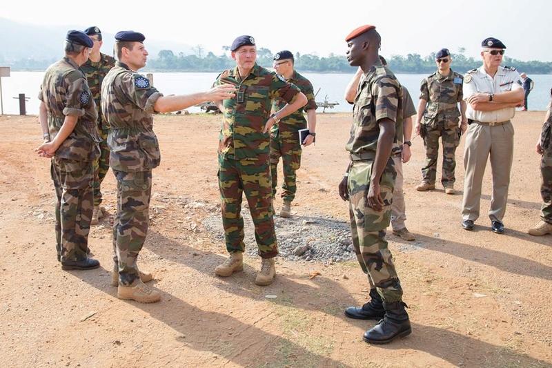 Armées de la République centrafricaine  - Page 3 3339