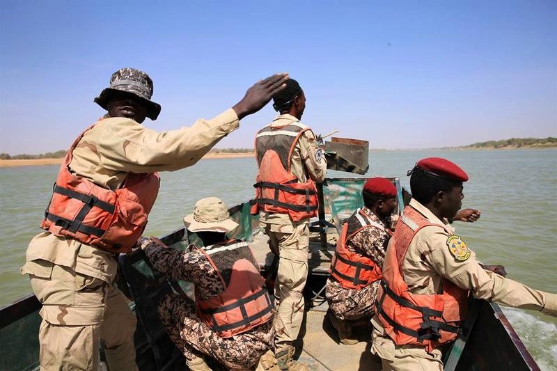 Armée Tchadienne - Page 6 3342