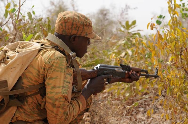 Armée nationale Burkinabé / Military of Burkina Faso - Page 4 4023