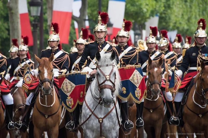 Armée Française / French Armed Forces - Page 2 410