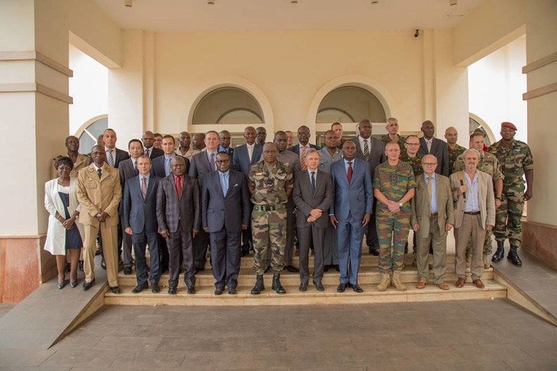 Armées de la République centrafricaine  - Page 3 4717