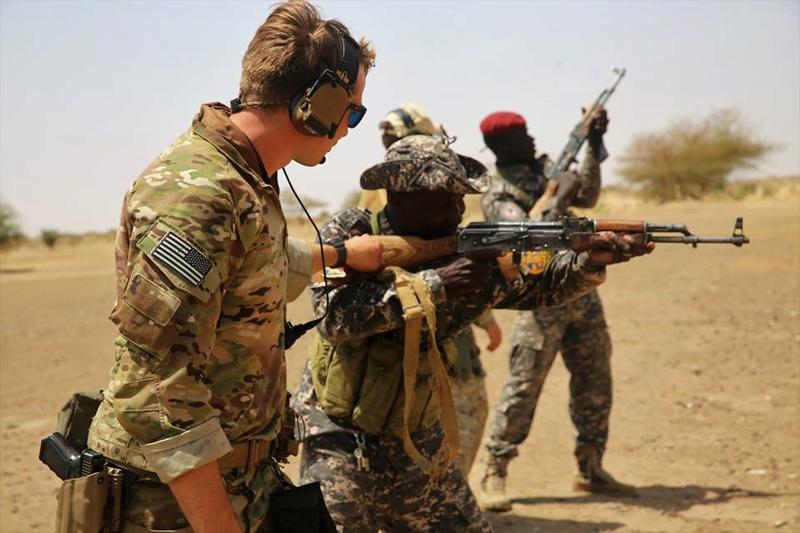 Armée Tchadienne - Page 6 4831