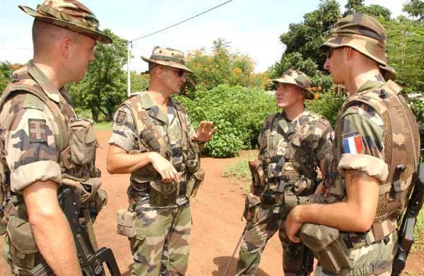 Armée Française / French Armed Forces - Page 38 5246