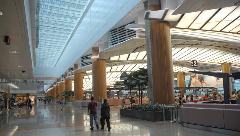 Aéroports du Monde - Page 2 5527