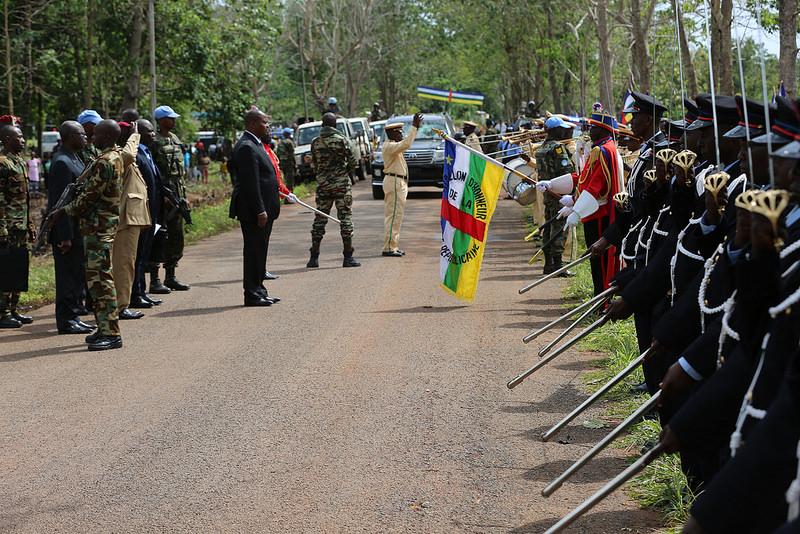 Armées de la République centrafricaine  - Page 3 5849