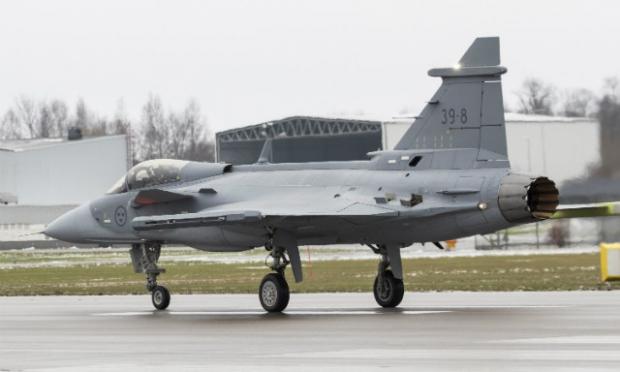 Saab: présentation du futur Gripen - Page 3 5921