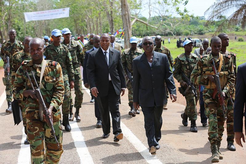 Armées de la République centrafricaine  - Page 3 5949