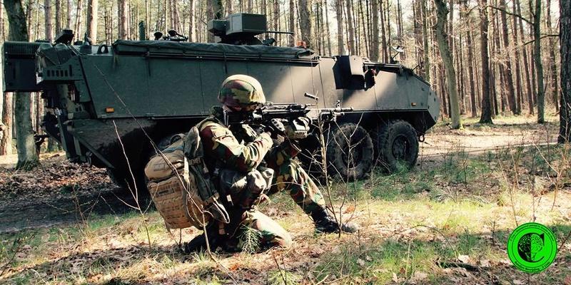 Armée Belge / Defensie van België / Belgian Army  - Page 10 5956