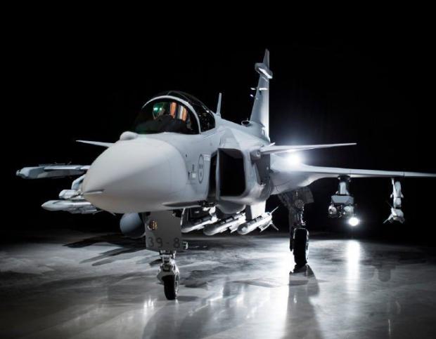 Saab: présentation du futur Gripen - Page 3 6018