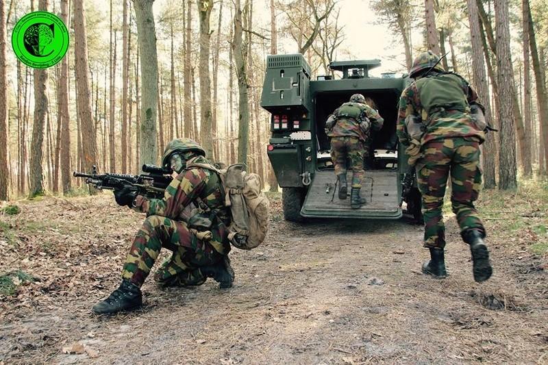 Armée Belge / Defensie van België / Belgian Army  - Page 10 6244