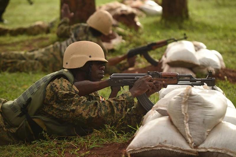 Armée Ougandaise/Uganda Peoples Defence Force (UPDF) - Page 5 6322