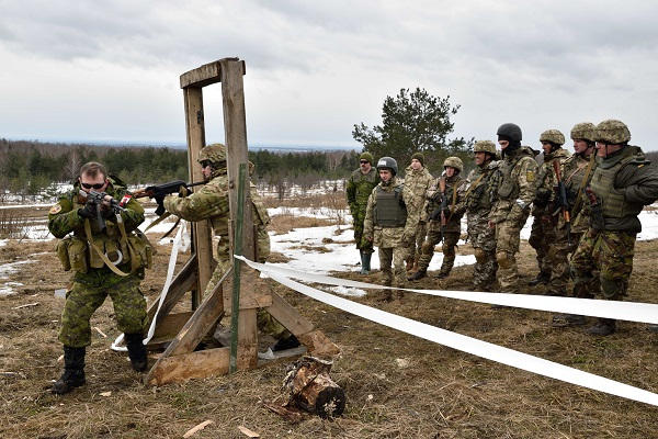 Ukrainian Armed Forces / Zbroyni Syly Ukrayiny - Page 16 6352