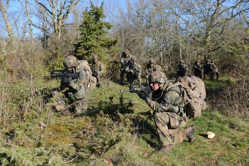 Armée Française / French Armed Forces - Page 38 6613