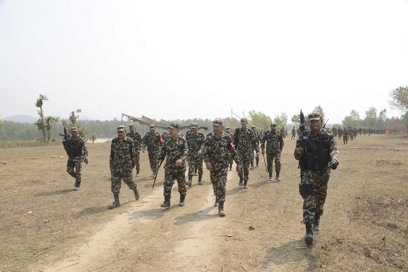 Armée Népalaise 6728