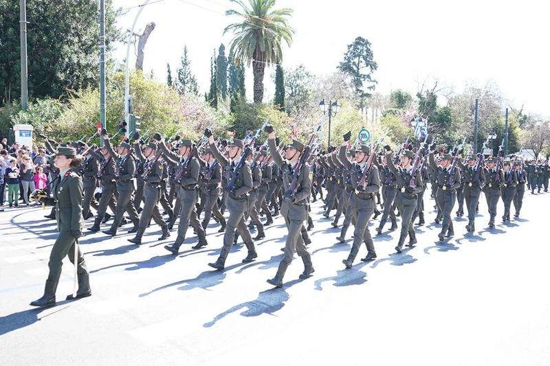 Forces armées grecques/Hellenic Armed Forces - Page 27 6816