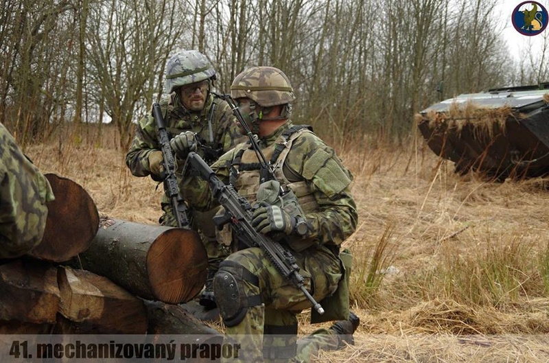 Armée tchèque/Czech Armed Forces - Page 9 7013