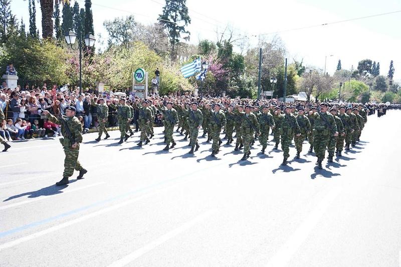 Forces armées grecques/Hellenic Armed Forces - Page 27 7014