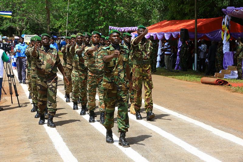 Armées de la République centrafricaine  - Page 3 7018
